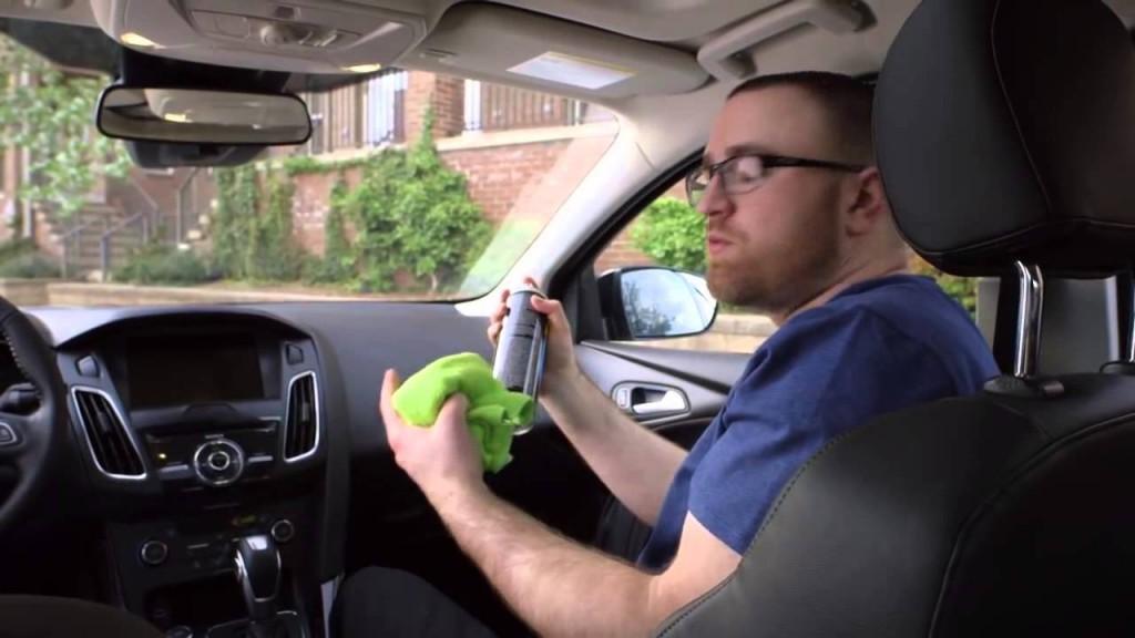 160426_135_9 ทริคกำจัดกลิ่นอับในรถยนต์ ได้ผลชัด ทันตาเห็น_pic1